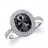 18k White Gold Oval Shaped Black Diamond Ring